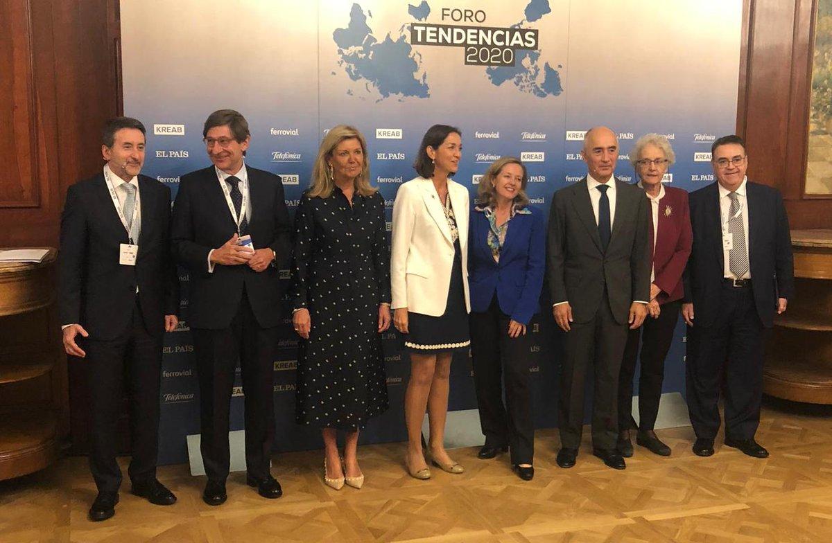 ¿Cuáles son las tendencias económicas globales a 2020? Nuestro CEO, Josu Jon Imaz, debate sobre el futuro en #ForoTendencias de @KreabEspana y @elpais_espana, señalando que cumplir con el compromiso de la reducción de emisiones de forma competitiva será clave para el sector.