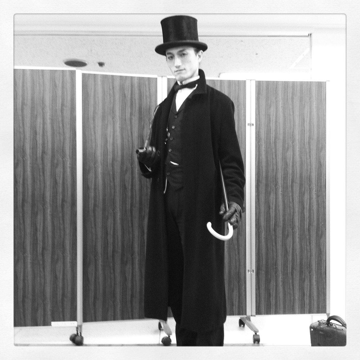 ジェレミー・ブレット版ホームズのコスプレなどもしたことがあるのです。 実は。 グラナダホームズ配信おめでとうございますー。『シャーロック・ホームズの冒険 第1話 ボヘミアの醜聞 GYAO!で無料配信中!』 #GYAO