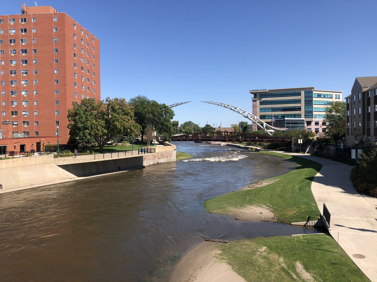 I've discovered the secret to Sioux Falls: come in September, not February.