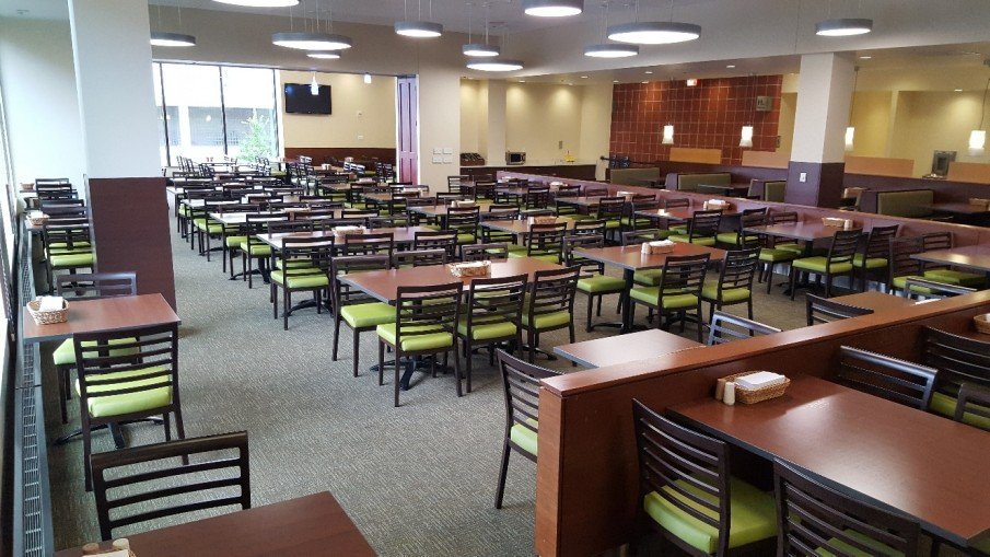 Our Woodlook collection is built from sturdy aluminum while maintaining an authentic wood appearance, making it the perfect piece for high traffic settings such as this one- a university dining hall.   https://t.co/mSzJw8oUXM