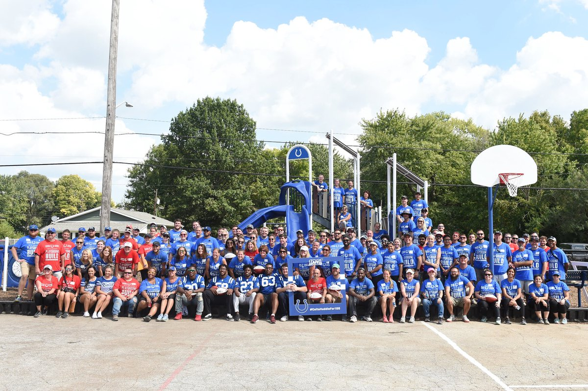 """In honor of the @NFL's 100th season, the @Colts built a playground in a day - and left a legacy that will last much longer. """"For people to come alongside us with their time and their talents - it's transformative, really."""" #ColtsHuddleFor100 🔗 colts.com/news/colts-bui…"""