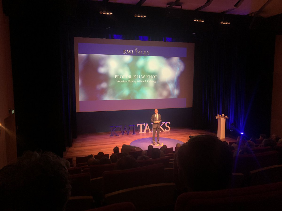 Vol theater voor de KW1 Talks @koninklijkhuis @kw1prijs @JimStolze @DijkstraDraisma #Eosta @AFAS https://t.co/hyWpznZorL