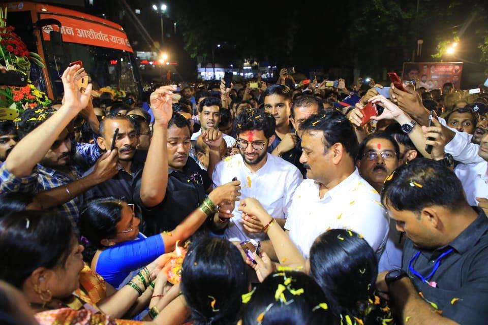 मुंब्रा, खारीगांव, कळवा येथे अनेक ठिकाणी नागरिकांशी संवाद साधला. #JAYMaharashtra