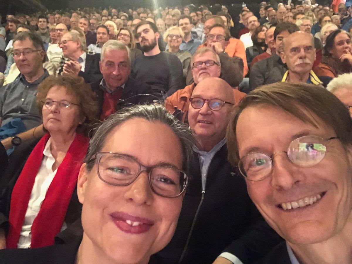 Karl Lauterbach On Twitter Gleich Geht Es Los Auf Der Regionalkonferenz Der Spd In Hamburg Fast 1 000 Gaste Da