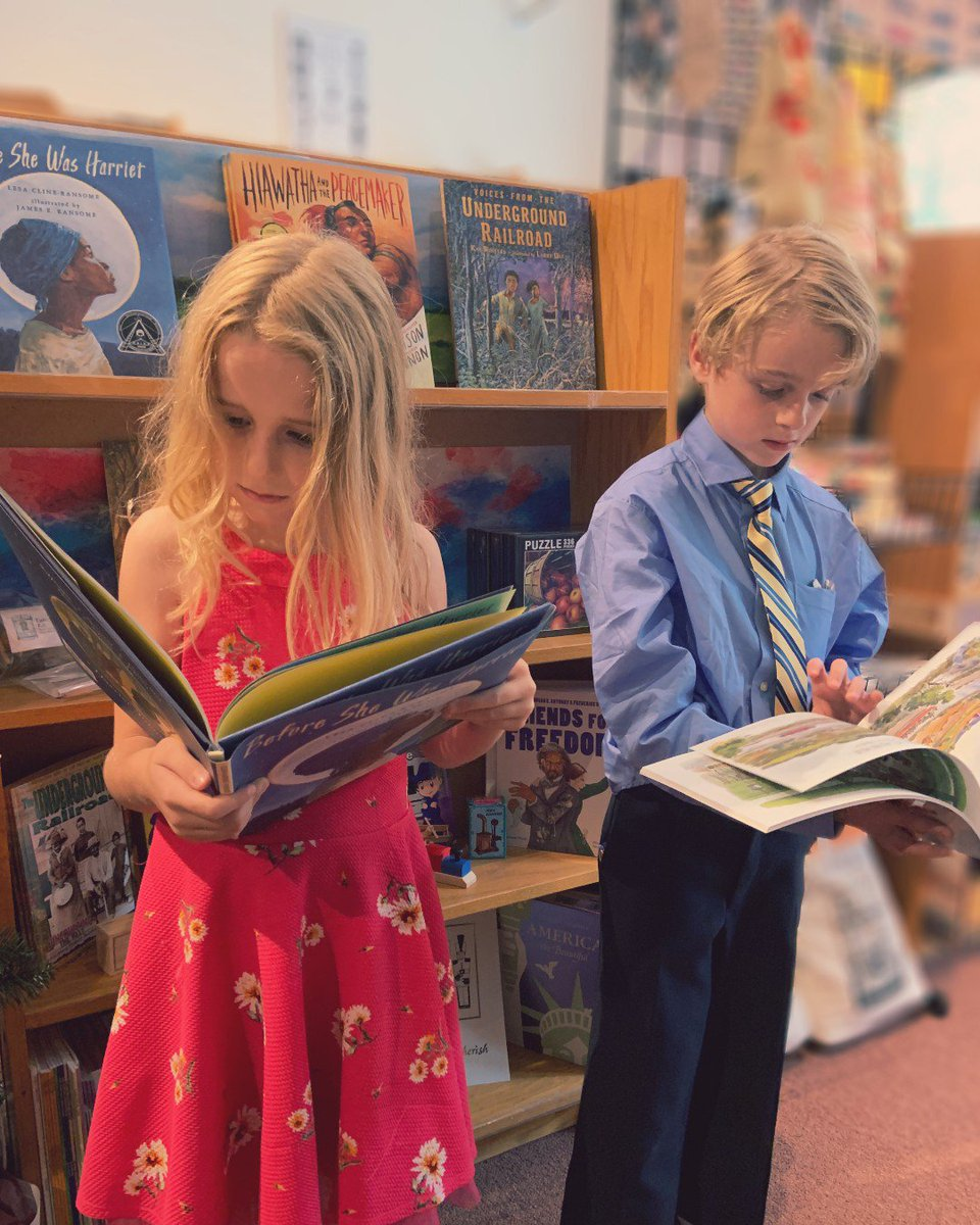 The kids are back at school and learning so many new things! Keep that learning going with at-home and weekend reading. OHA's gift gallery in #DowntownSyracuse has everything you need to keep those young minds moving. <br>http://pic.twitter.com/PgTW5t44Nz