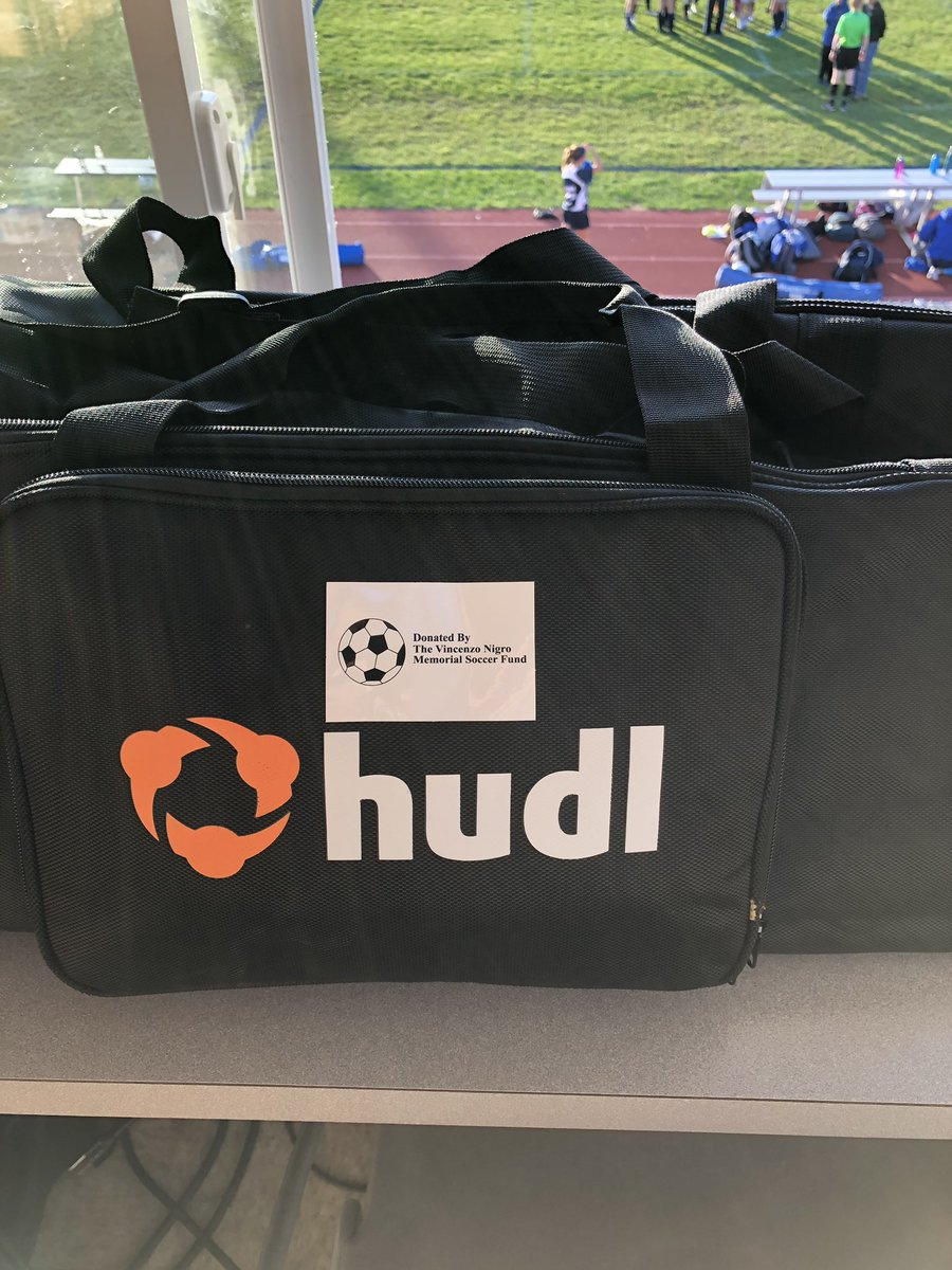 Thank you to the @vnigrosoccer foundation for donating two iPads to the boys and @whsgsoccer2019 teams to film their games and upload to @Hudl ! Such a tremendous asset to the programs. #BulldogPride #greattobeabulldog #communityeffort https://t.co/2X3fphSUxv