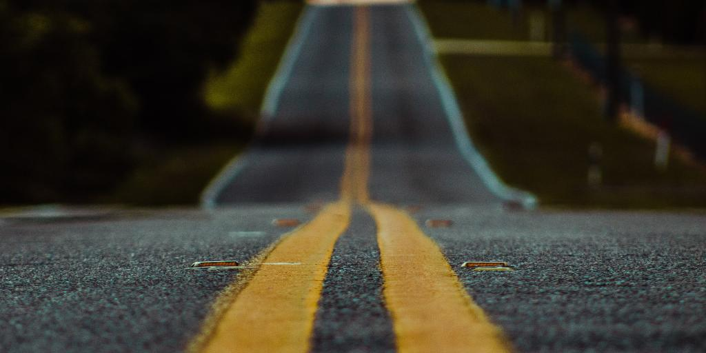 The seasons are beginning to change! Rainy weather after a dry summer can be dangerous, water pools on top of dust and oil and makes the pavement extremely slippery. With RouteComplete, drivers remain focused and safe. Learn more here https://t.co/JhahDQwShr https://t.co/VkSRE7jotA