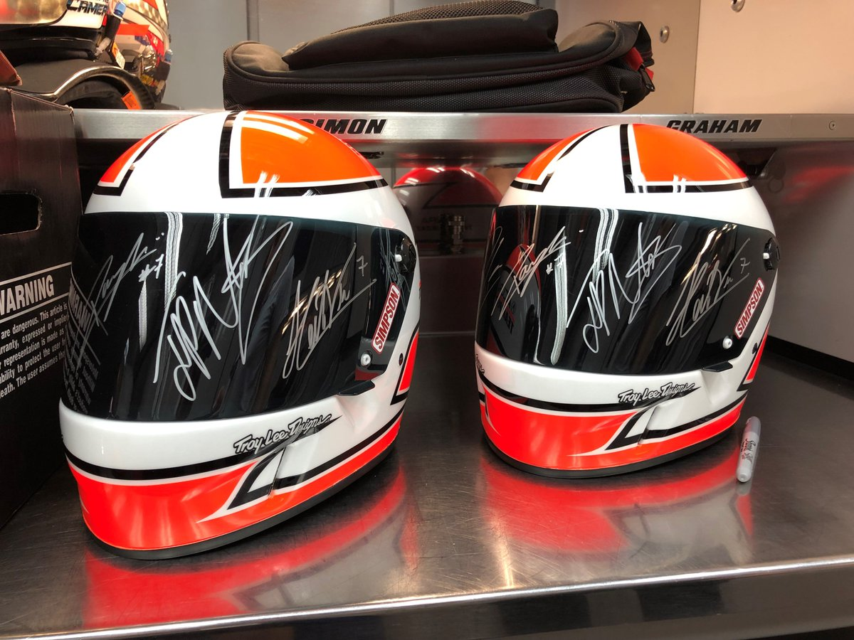 Heres your chance to support a great charity, @MotorPressGuild Miles4Miles, and take home an epic souvenir: A custom @Acura @Team_Penske helmet signed by @jpmontoya @h3lio @danecameron19 & @RickyTaylorRace Bid here: 32auctions.com/organizations/…