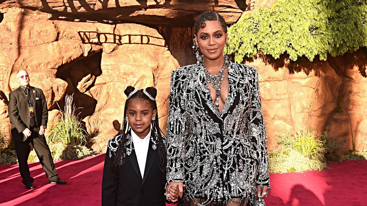 Blue Ivy laying down the vocals for #BrownSkinGirl in @Beyonce's #MakingTheGift documentary will give you chills: https://on.mtv.com/2lUB2XE ❤️