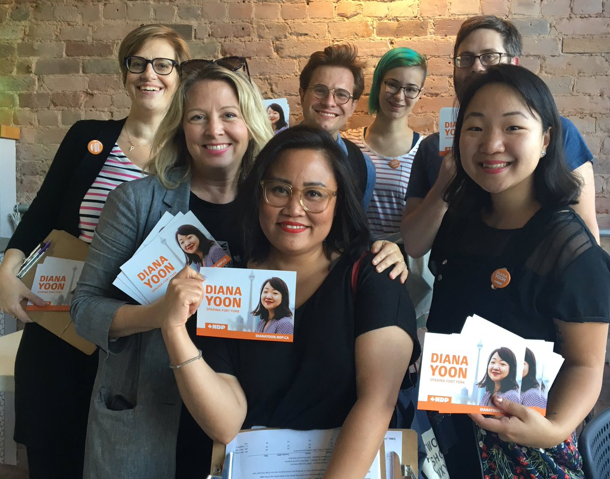 It's important to have diverse voices standing up for our communities against Ford's cuts to public education & healthcare. @maritstiles has our back - but needs a federal partner.  Thanks for canvassing with our #SpaFY NDP team! Together, we can create an equitable city for all. <br>http://pic.twitter.com/P1mjgwaZ6r