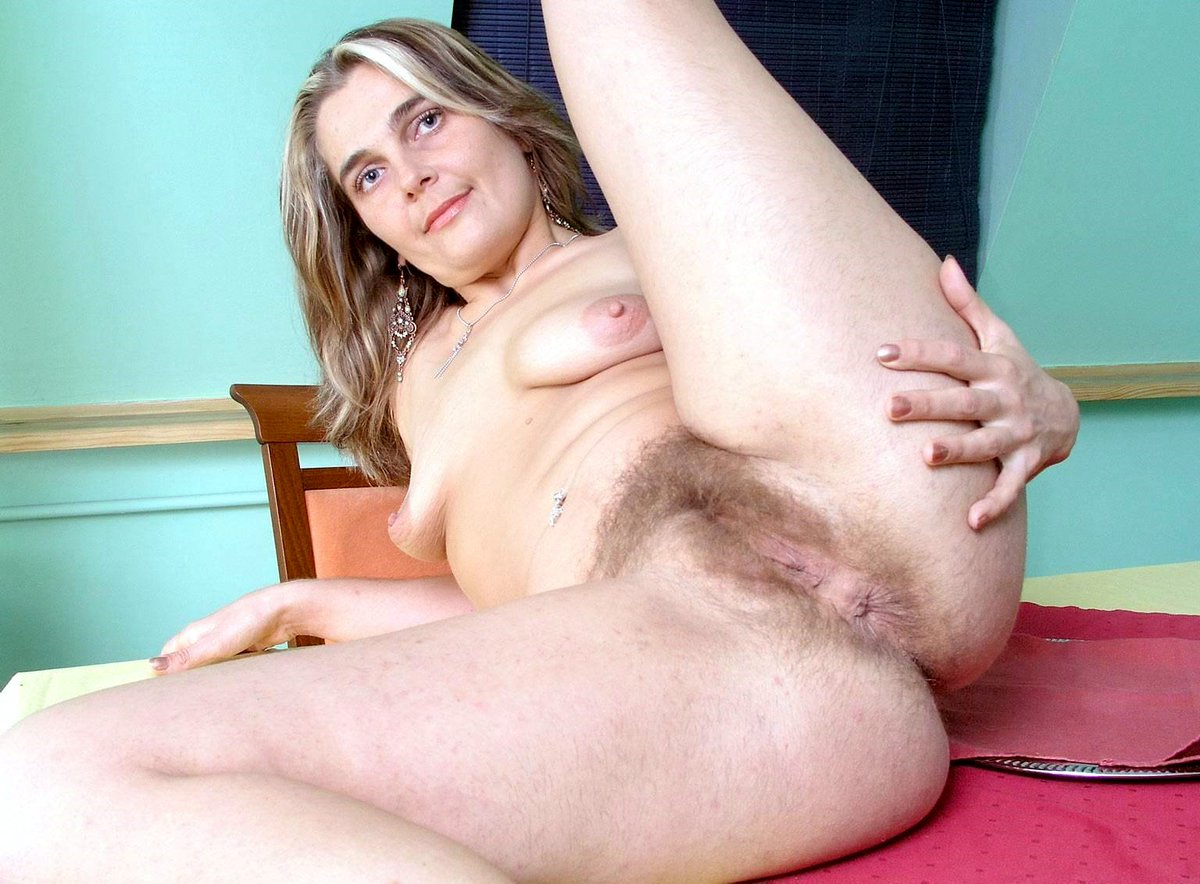 Brunette doll plays with her hairy bush in solo scenes
