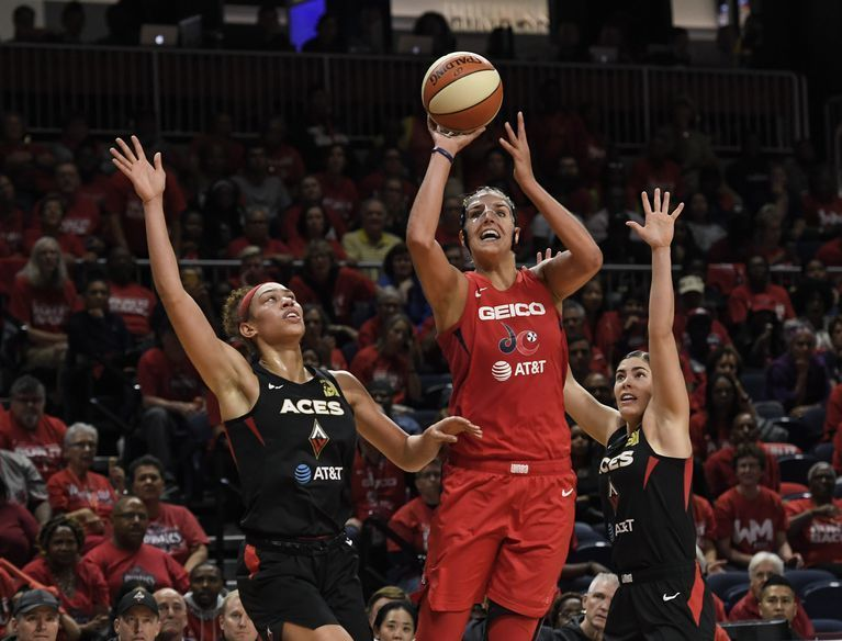 The Mystics Beat The Aces 97-95 In Game One https://ambushsportsnetwork.com/2019/09/18/the-mystics-beat-the-aces-97-95-in-game-one/ …