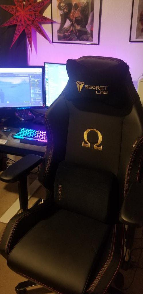 This chair was so worth it. Its hype!!! #secretlab @secretlabchairs<br>http://pic.twitter.com/xetQx6Jt9U
