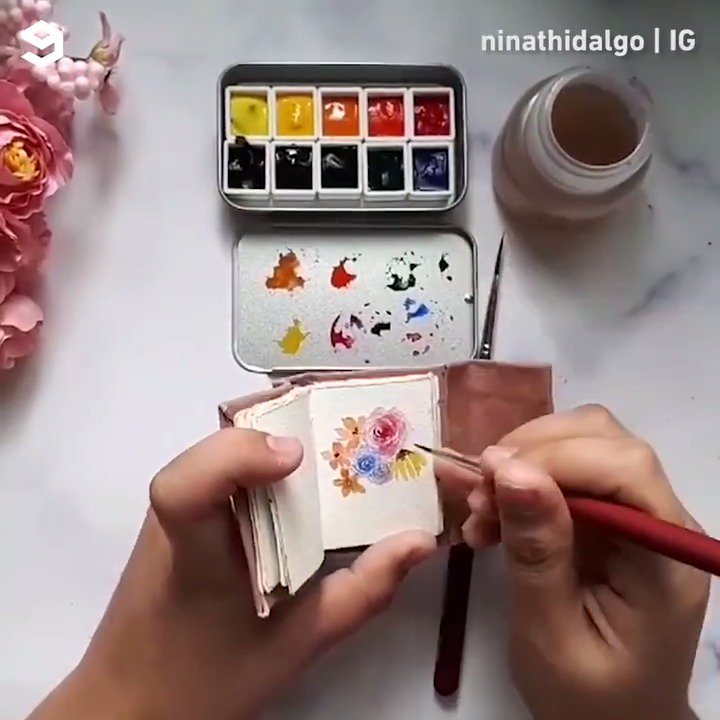 Slow down and enjoy these mini drawings. By ninathidalgo   IG