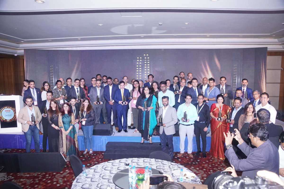 A wonderful moment for Indian Realty. Presenting this evening's high-achievers!  #RPRealtyPlus #RPNorth #RealtyPlus #Gurugram #September11 #RealEstate