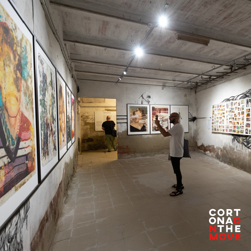 "The Ex Magazzino delle Carni is the strangest location in #COTM. On the walls of the large cold room, where once hung the cuts of our beloved Chianina, you will find the work of the South African photographer Gideon Mendel ""Drowning World"". https://t.co/If0rkwNtKl https://t.co/iuUPaBa5HK"
