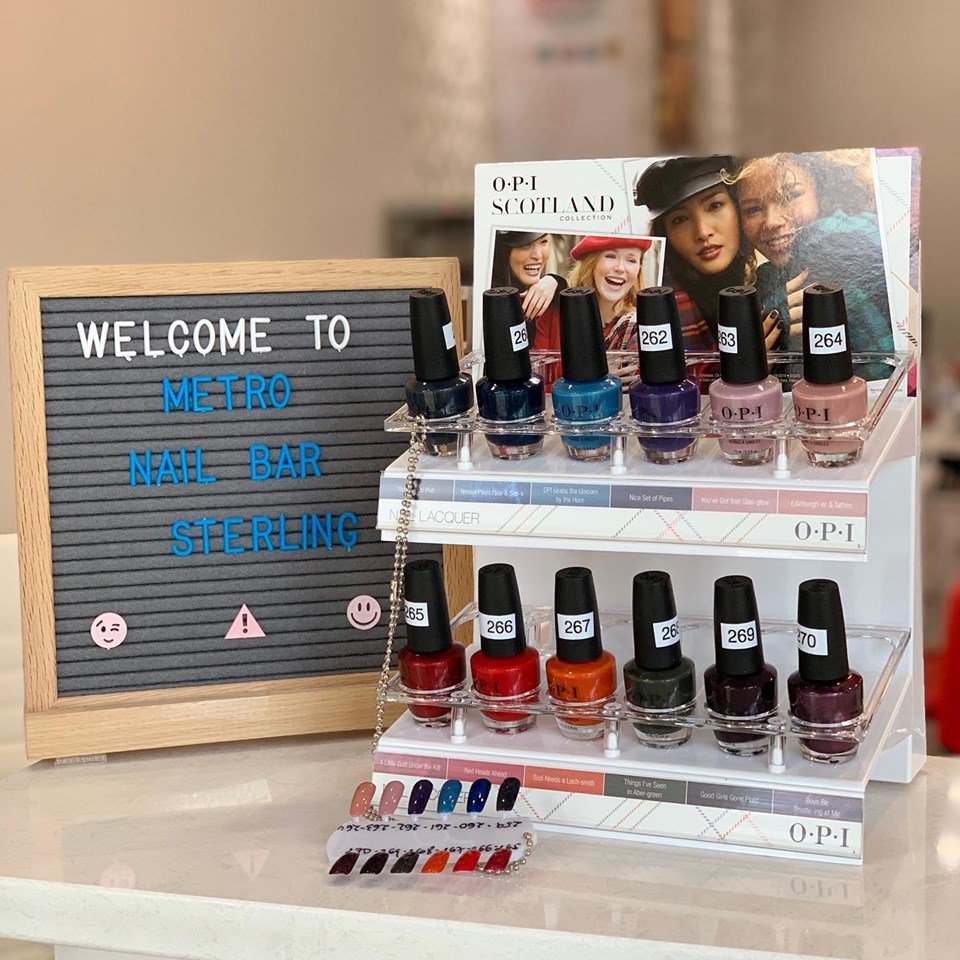 Are you ready for Fall  ? Come in at @MetroNailBar  and check out their  new fall collection 3 in 1 matching ( regular polish + gel polish + dipping powder) #opiscotland #fallcolors #metronailbarsterling #cascadeoverlookcenter #nailscolors pic.twitter.com/kwVFIb4YHl