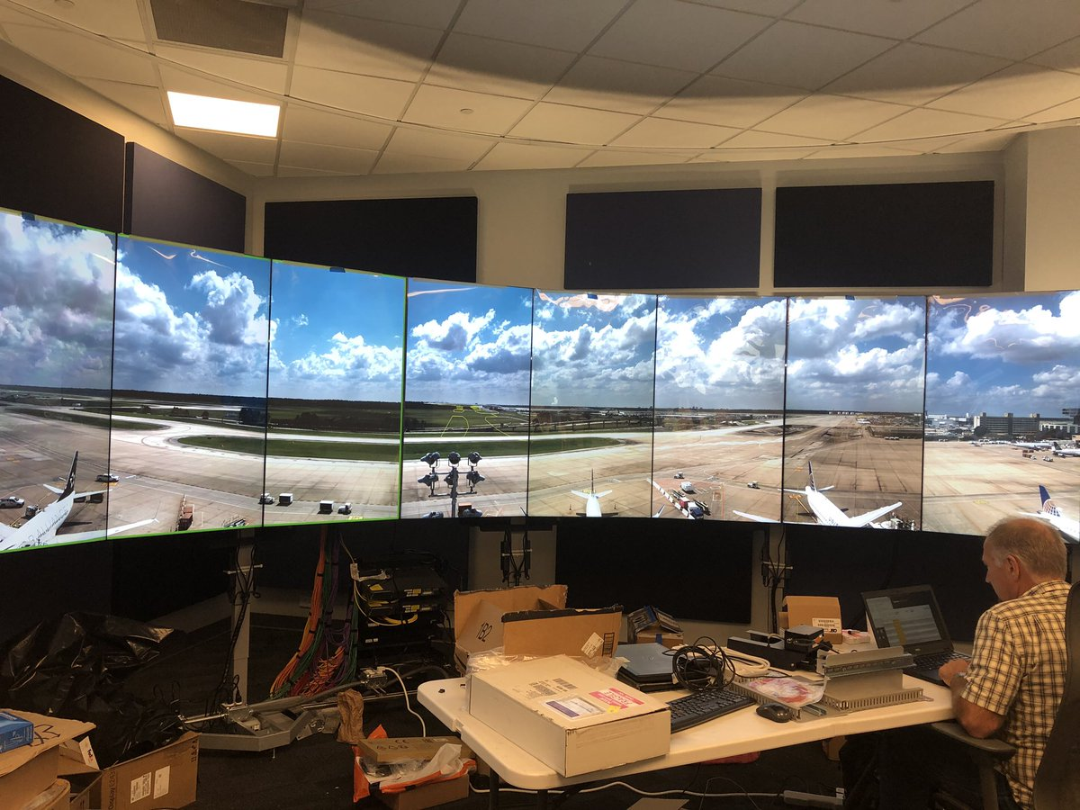 Virtual Ramp Tower! You can build one anywhere but if you want to see this technology marvel you need to go to IAH. The future is bright! @weareunited @JMRoitman @Tobyatunited @rodney20148