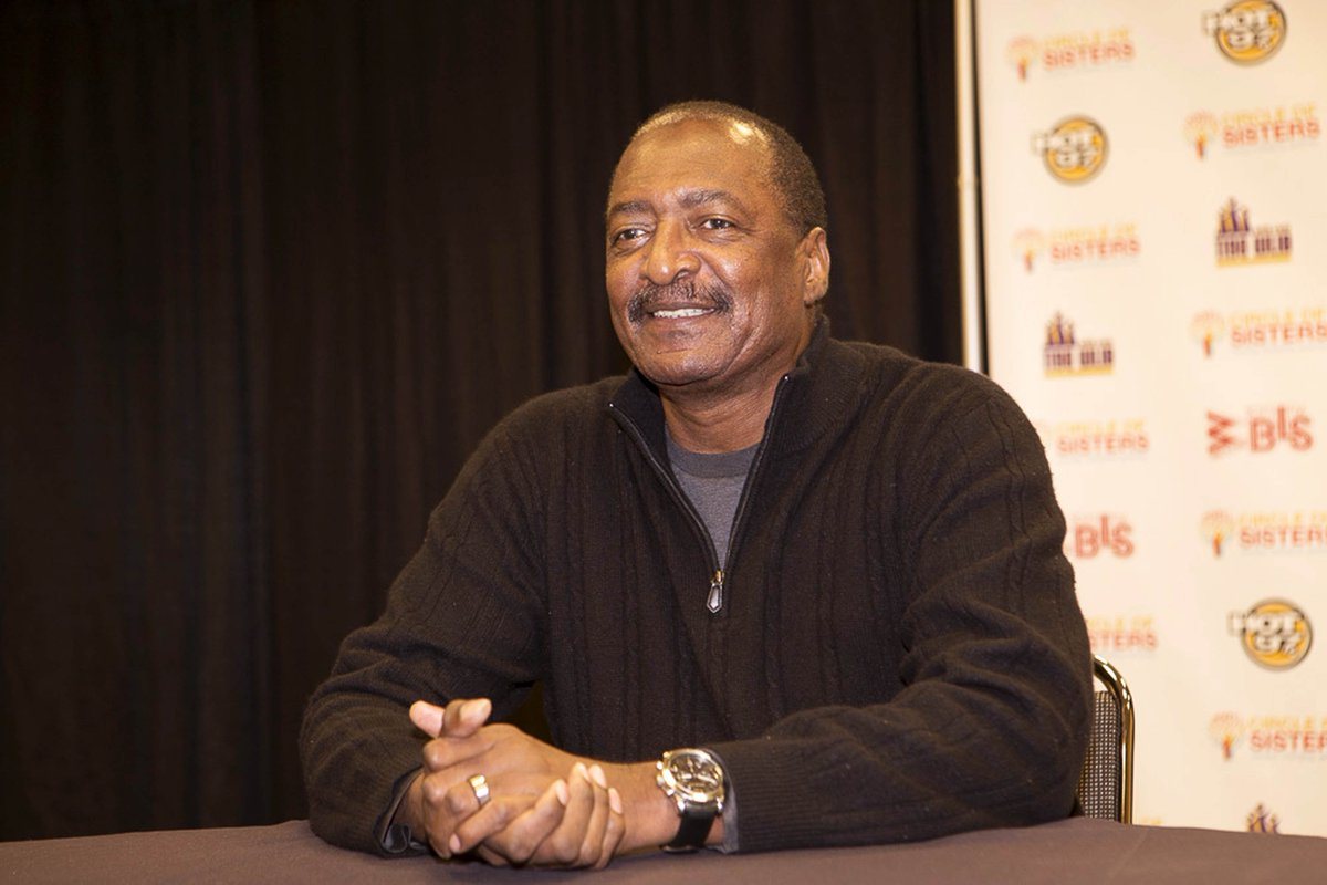 Beyoncés father Matthew Knowles shares breast cancer diagnosis at.vibe.com/6Yk7UC