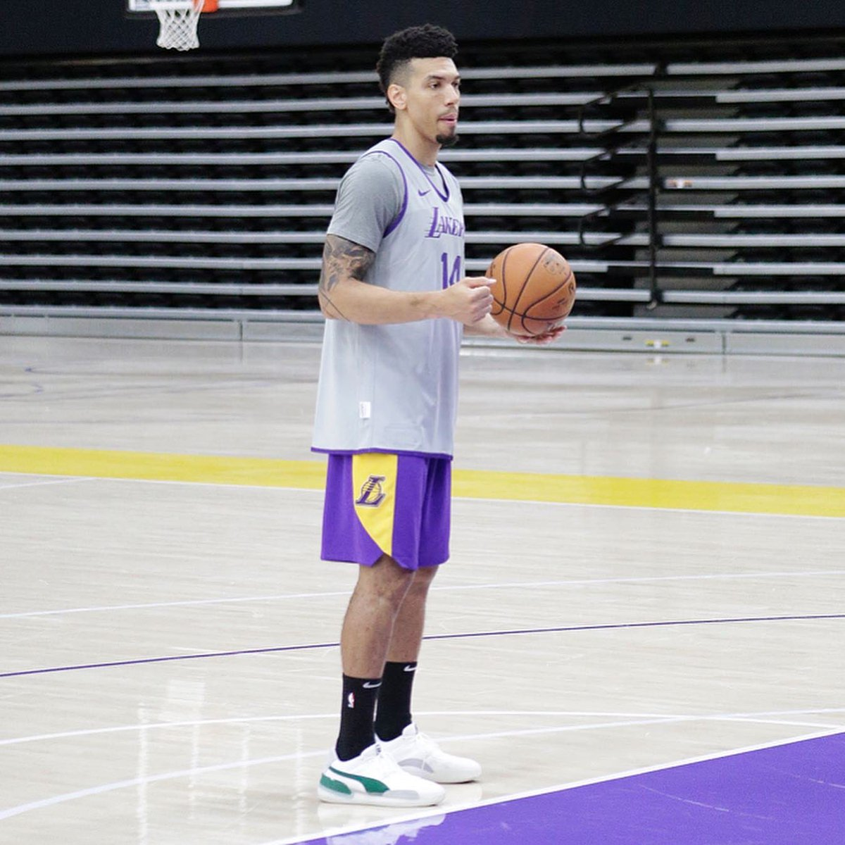 Nbakicks On Twitter Kyle Kuzma Danny Green Demarcus Cousins In The Puma Clyde Hardwood At Lakers Training Camp Nbakicks