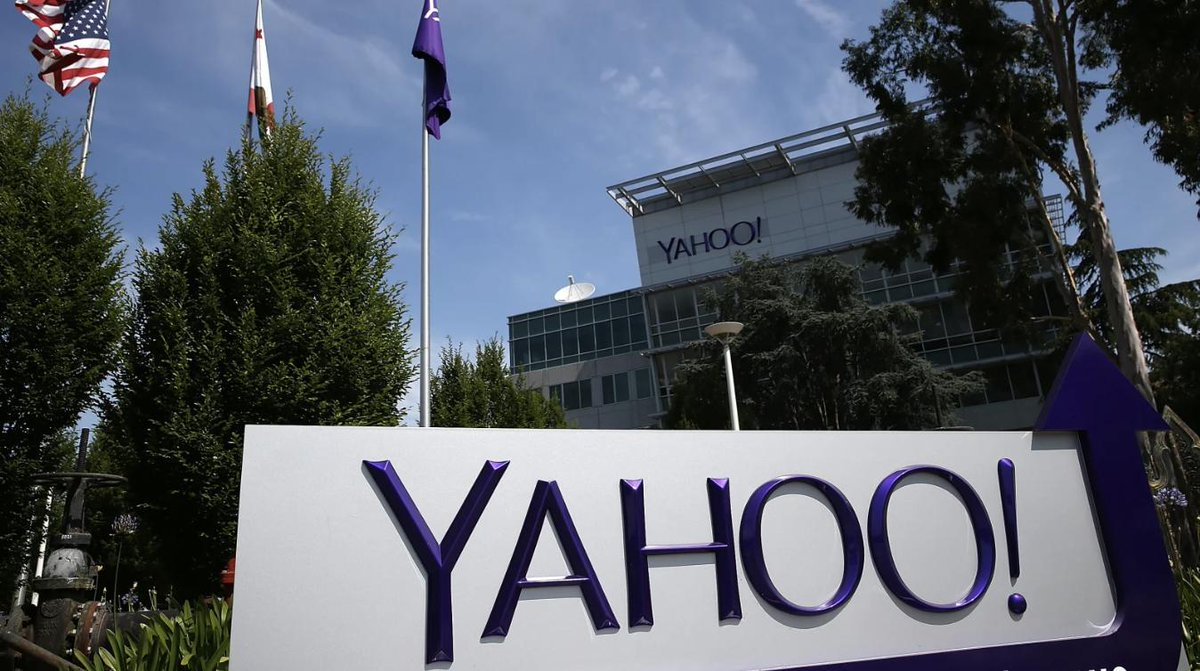Ex-Yahoo engineer pleads guilty to hacking thousands of accounts to search for nude