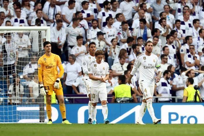 Real Madrid - Granada: Âu lo lại hiện về
