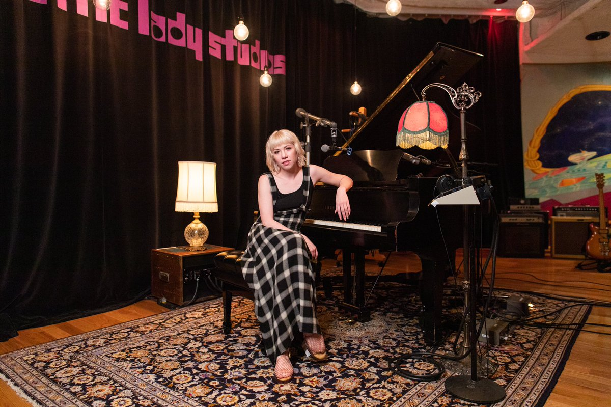 "Had so much fun recording at the iconic @ElectricLady studios w @Spotify 🎙 Hope you enjoy ""Want You In My Room"" and my cover of @nodoubt's ""Don't Speak"" smarturl.it/CRJSpotifySess…"