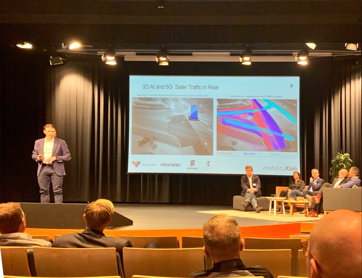 @EricssonIoT showcases how collaboration is enabling driver-vehicle-infrastructure automation at #Telematicsvalley AI conference today. pic.twitter.com/epffZuDzfI