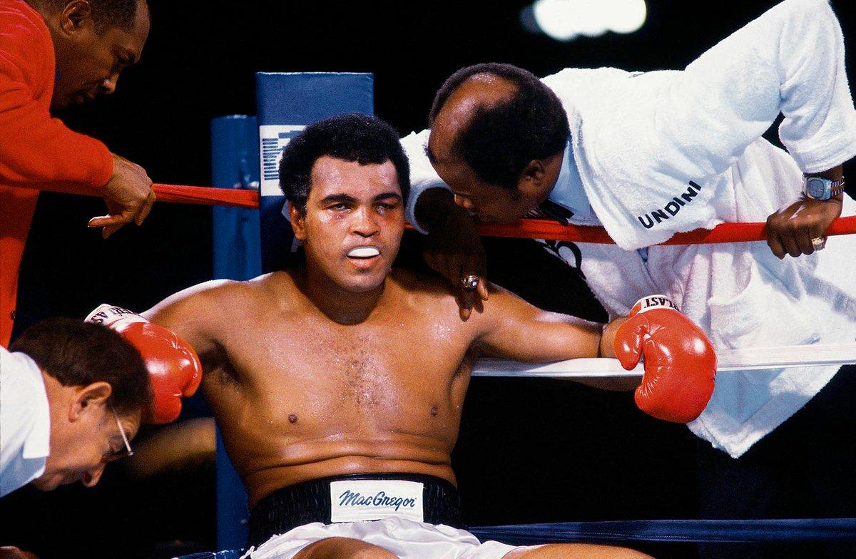 Boxing legend muhammad ali dies