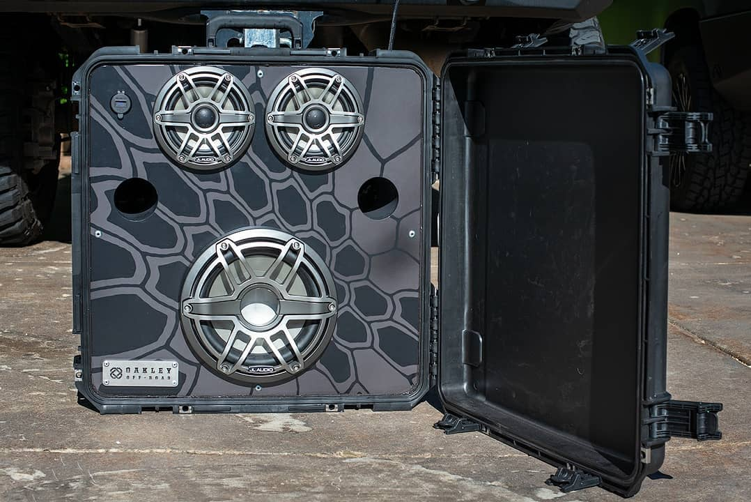 We always enjoy seeing how people take their SKB cases to the next level—like this truck boombox that Oakley Offroad created.