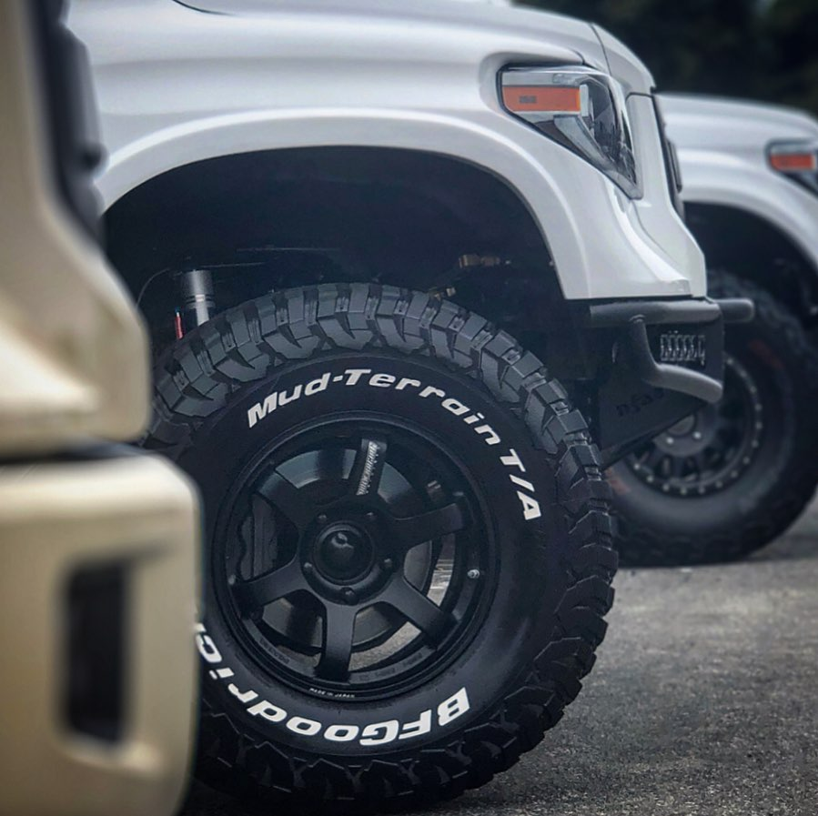 A white Tundra with the letters to match. Show us your white letters for a chance to be featured! Don't have white letters? Hop over to bit.ly/2wiz19H to get yours today. #WhiteLetterWednesday 📸: Instagram // Proyotatype