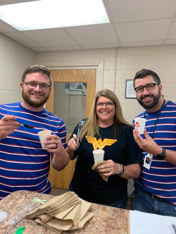Wendy's spoiled us today with a mid week Frosty! Staff sure appreciated the treat! @ClintonMoCards @Sherri_Swope @APKenney https://t.co/DwoL9Gbcy0