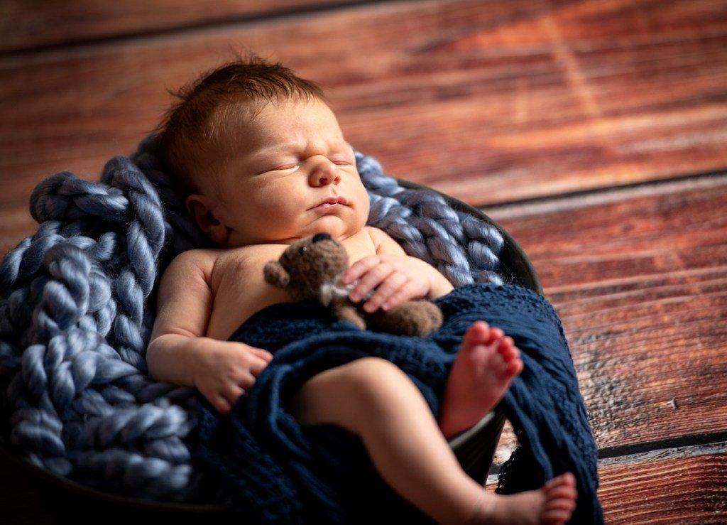 Besondere Baby und Neugeborenenfotografie https://www.peterlauritis.de/besondere-baby-und-neugeborenenfotografie/…pic.twitter.com/7ep3CXKHfq