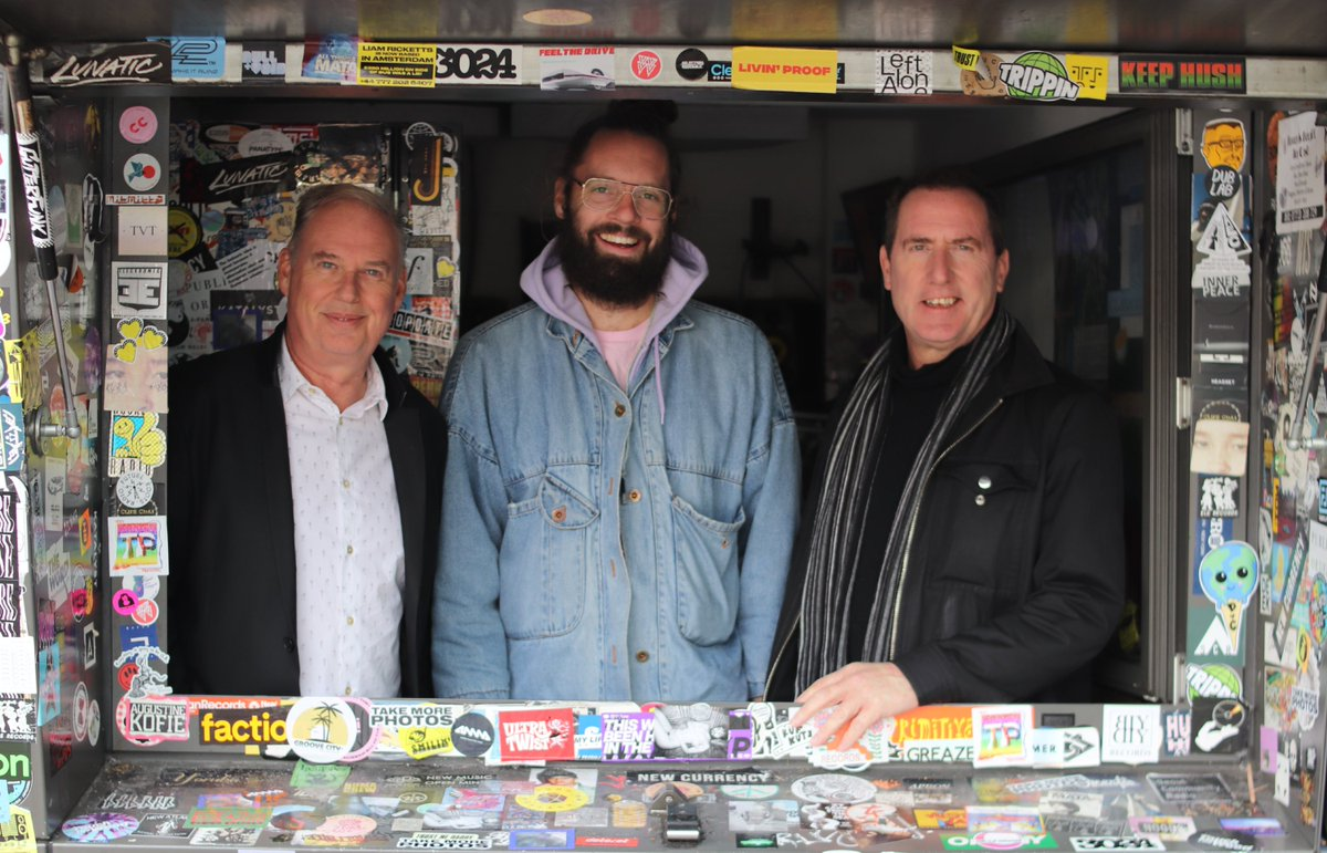 Live w/ @OfficialOMD and Charlie Bones in conversation for the next couple - @D0YoU - http://nts.live/1