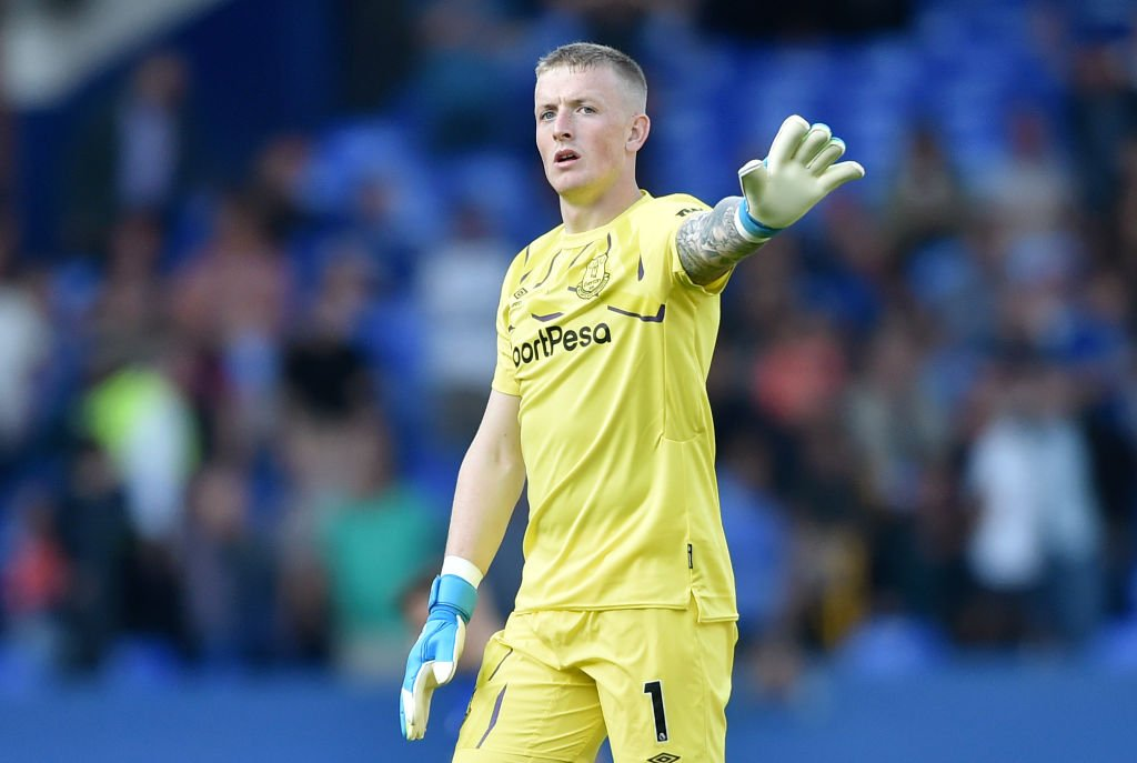 🦁 @JPickford1 🦁 @michaelkeane04 🦁 Fabian Delph Good luck to our 3️⃣ Lions for the upcoming @UEFAEURO qualifiers! 👏 @England #EFC