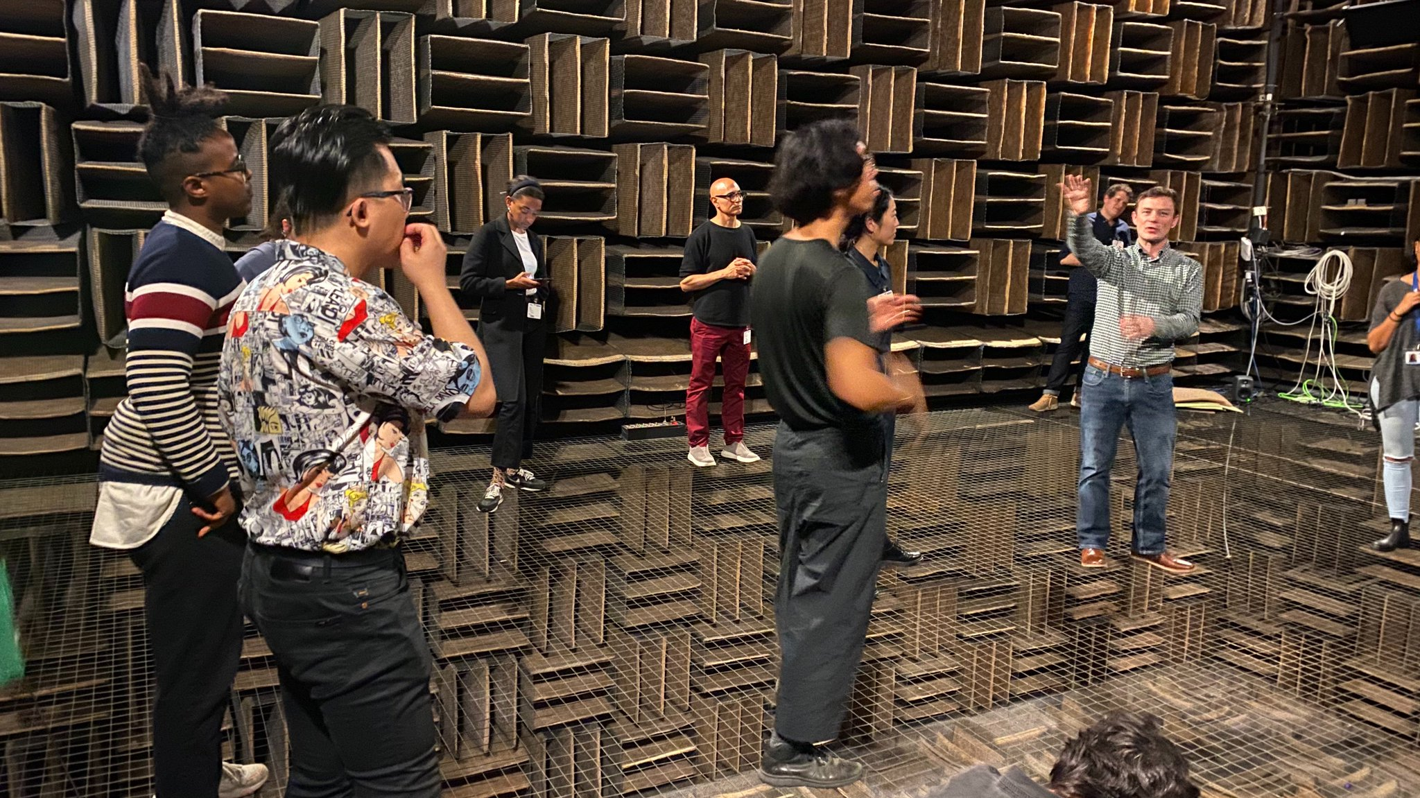 Nokia Bell Labs' anechoic chamber once held the Guinness Record for the quietest place on Earth? ⠀⠀⠀⠀⠀⠀⠀⠀⠀⠀⠀⠀ Thanks to @DHernonBellLabs who hosted members of our Experiments in Art and Technology track on yesterday's @BellLabs field trip!