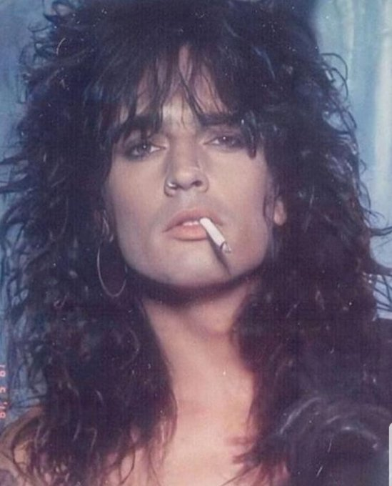 Happy birthday Tommy Lee I would pay I ridiculous amounts to hit if from the back if ur ever poor xx hmu