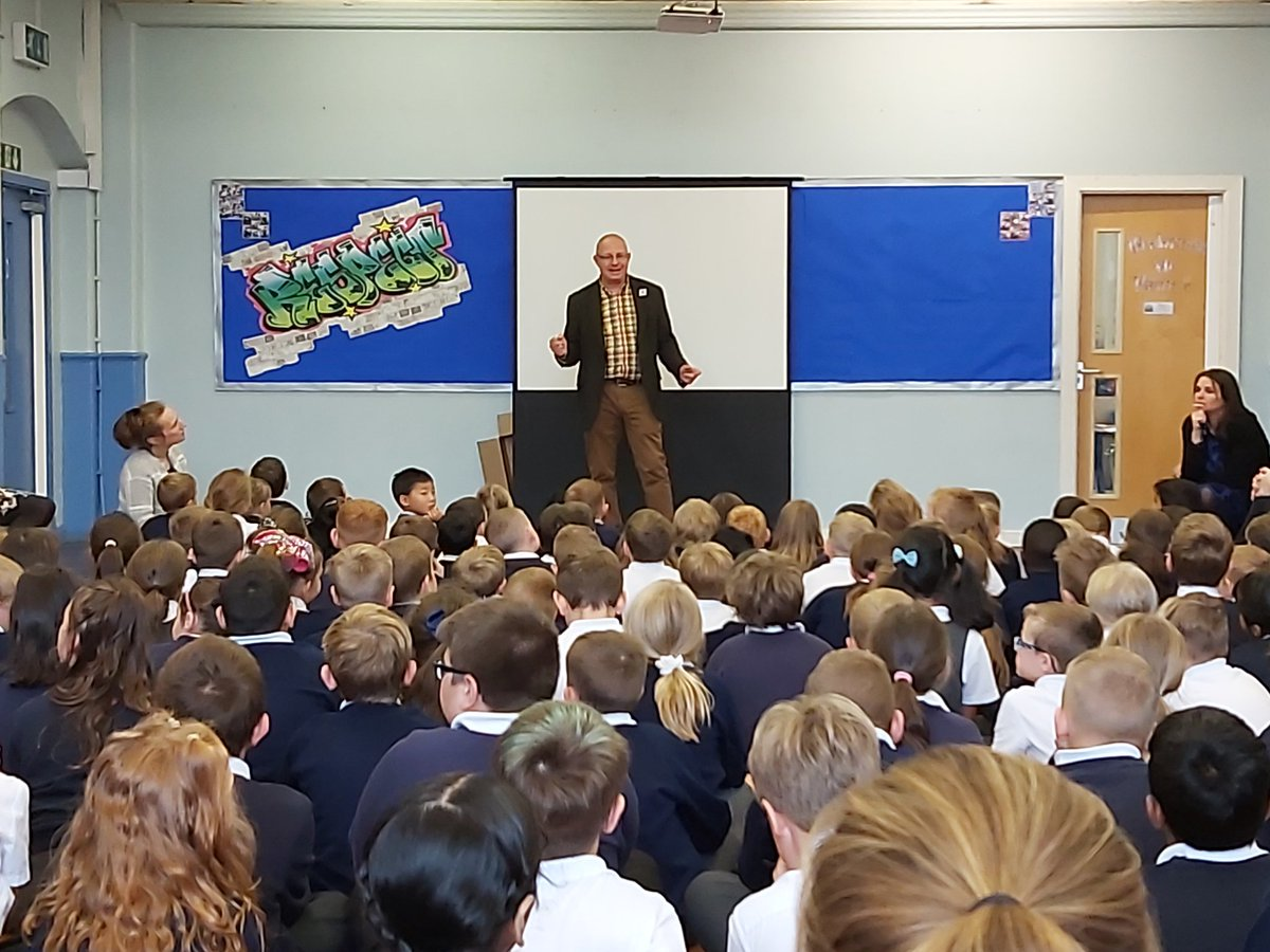 A very entertaining assembly by @UrbanOutreachUK on the importance of sharing - particularly this Harvest time. Chocolate had all the children laughing.