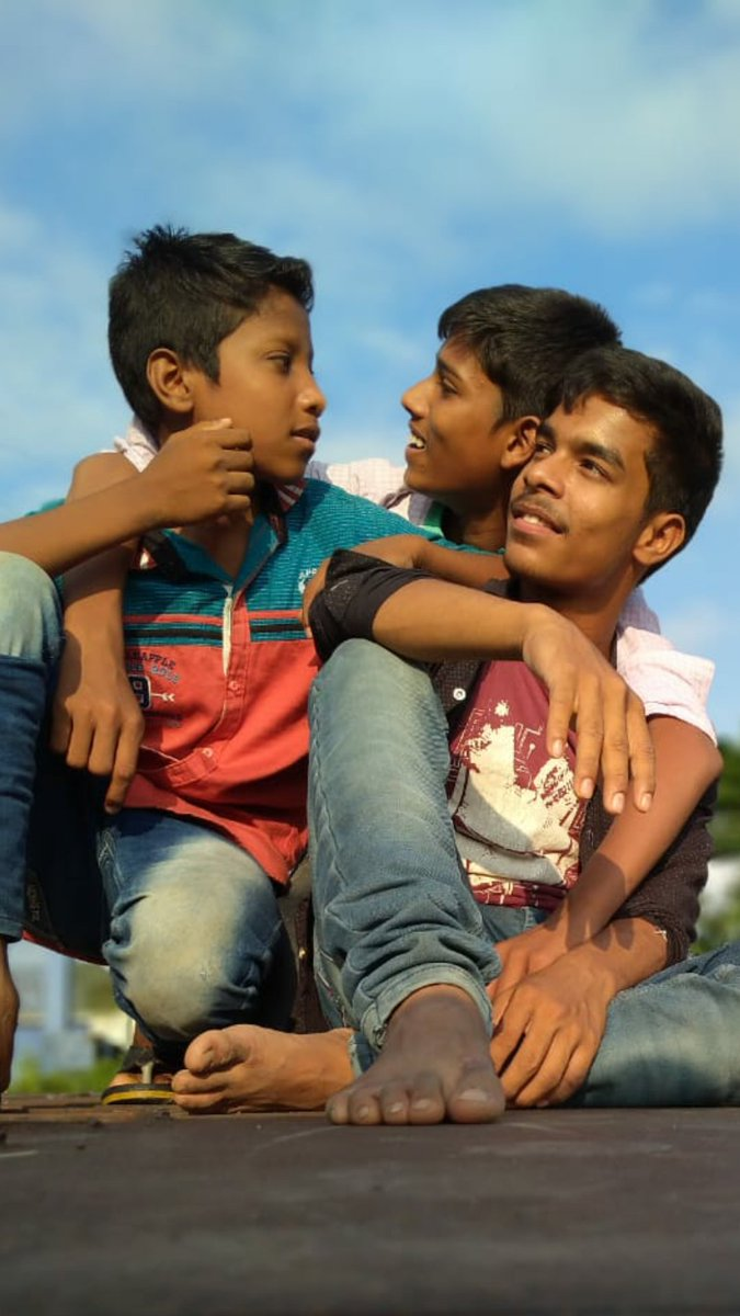#withfriends #photography  #comedybro #GER #Indiapic.twitter.com/hsOo7M0fkw