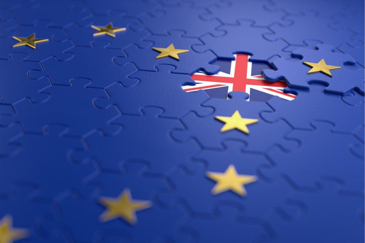 Si tienes dudas sobre el #Brexit... 🤔¿Qué necesitaré para viajar a #ReinoUnido tras su salida de la #UE? 🤔¿Cuál es el plazo para solicitar el #EUSettlementScheme? 🤔¿Será válida mi titulación? 🔎¡Encuentra las respuestas en nuestro documento de #FAQs! ➡️bit.ly/2IlqzN3