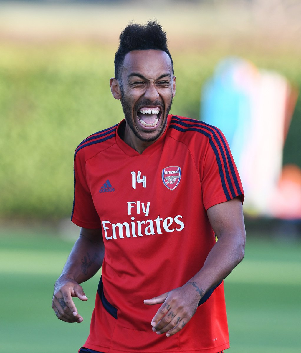 When you capture this guy's smile in training... Auba and Auba and Auba again 😆 #ARSAVL