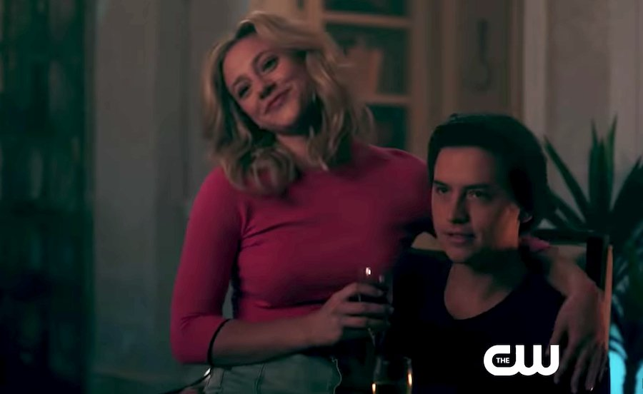 Calling all #Riverdale lovers! Here's what you can expect in Season 4 😍👉http://younghollywood.mobi/eUUftz