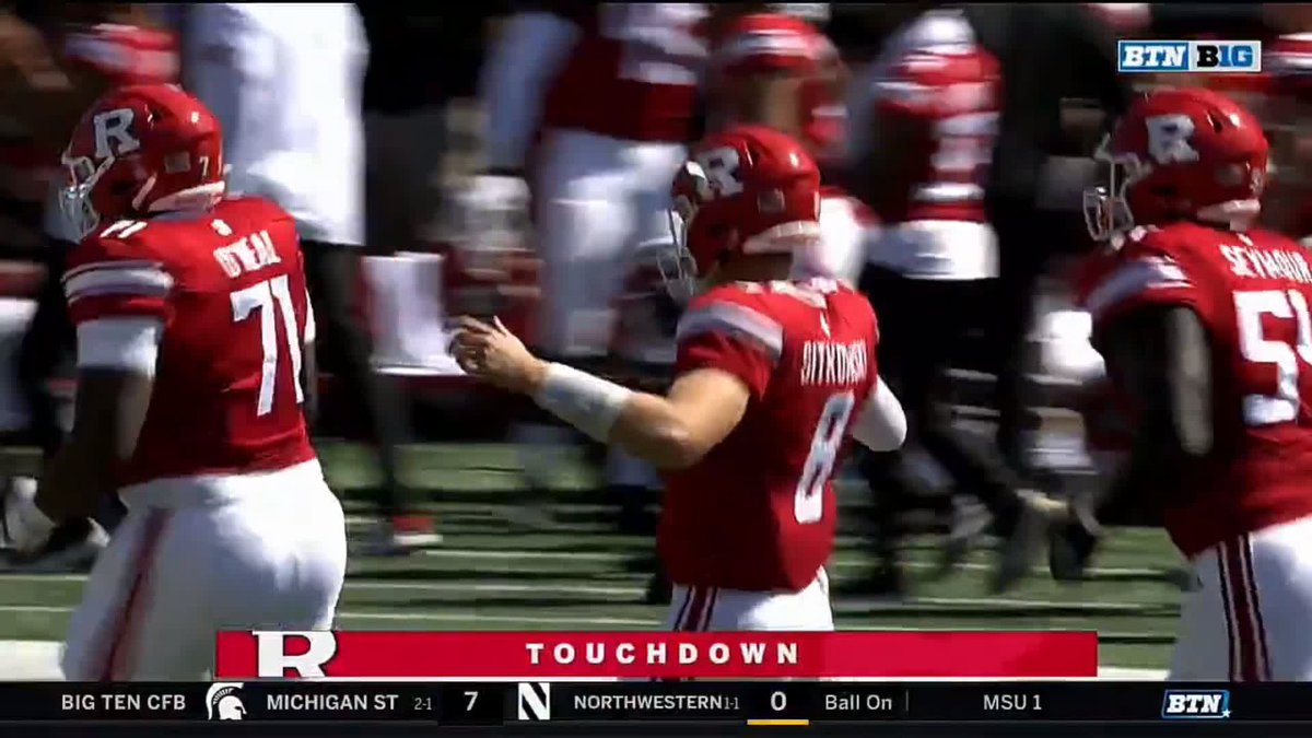 Rutgers touchdown celebration ends with quarterback being punched in face