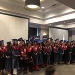 Image for the Tweet beginning: Primera promoción de graduados