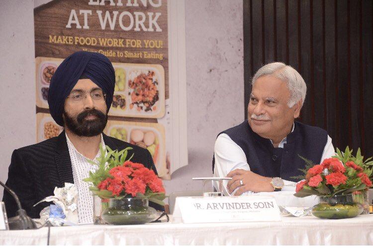 Wonderful being a panelist with @M_Lekhi @navikakumar @kartikmurali @drnavindang & Pawan @ceo_fssai, at the launch of 'Eating at Work'. Enjoyed savoring @IshiKhosla1 's recipes for good health!#EatRightIndia