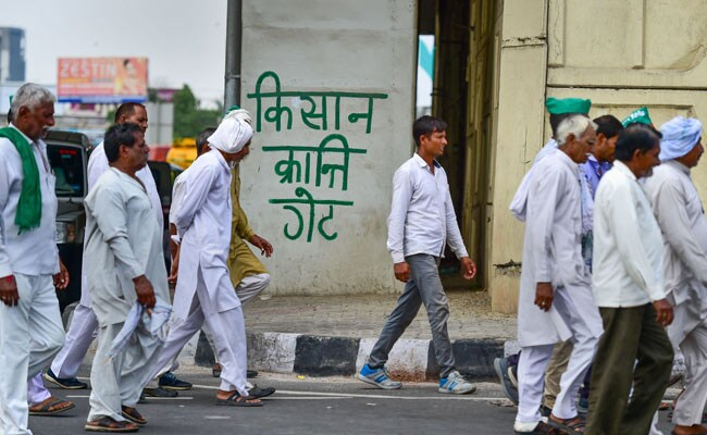 """""""Just an interval,"""" say UP farmers after government agrees to 5 demands.https://www.ndtv.com/india-news/up-farmers-protest-in-delhi-up-farmers-say-just-an-interval-after-government-agrees-to-5-demands-2104991…"""