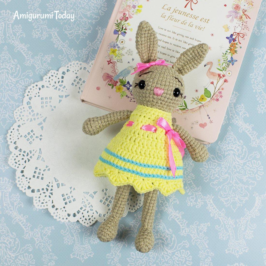 Pretty Bunny amigurumi in pink dress - Amigurumi Today | 1100x1100
