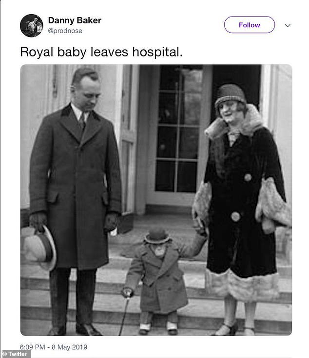 #GaryLineker defends #DannyBaker over racist tweet that got him sacked from BBC Radio 5 Live when he compared #PrinceHarry and #MeghanMarkles baby #Archie to a chimpanzee 🧐🙄 OH Dear 🤨 dailymail.co.uk/news/article-7…