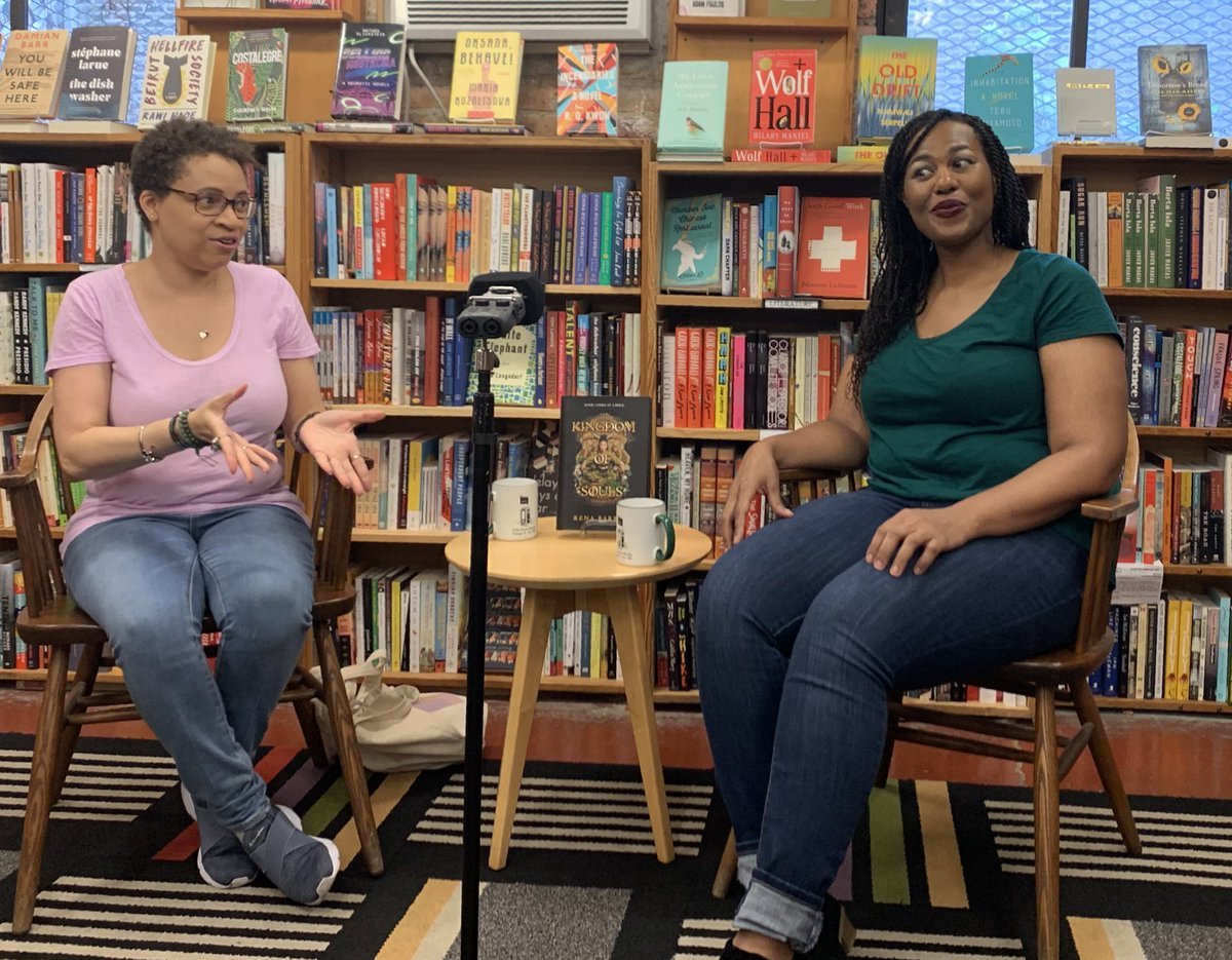 Had a fabulous time @57thstreetbooks as @lilrongal grilled @renathedreamer on all the evil twists she puts her readers through in KINGDOM OF SOULS. 😂😈