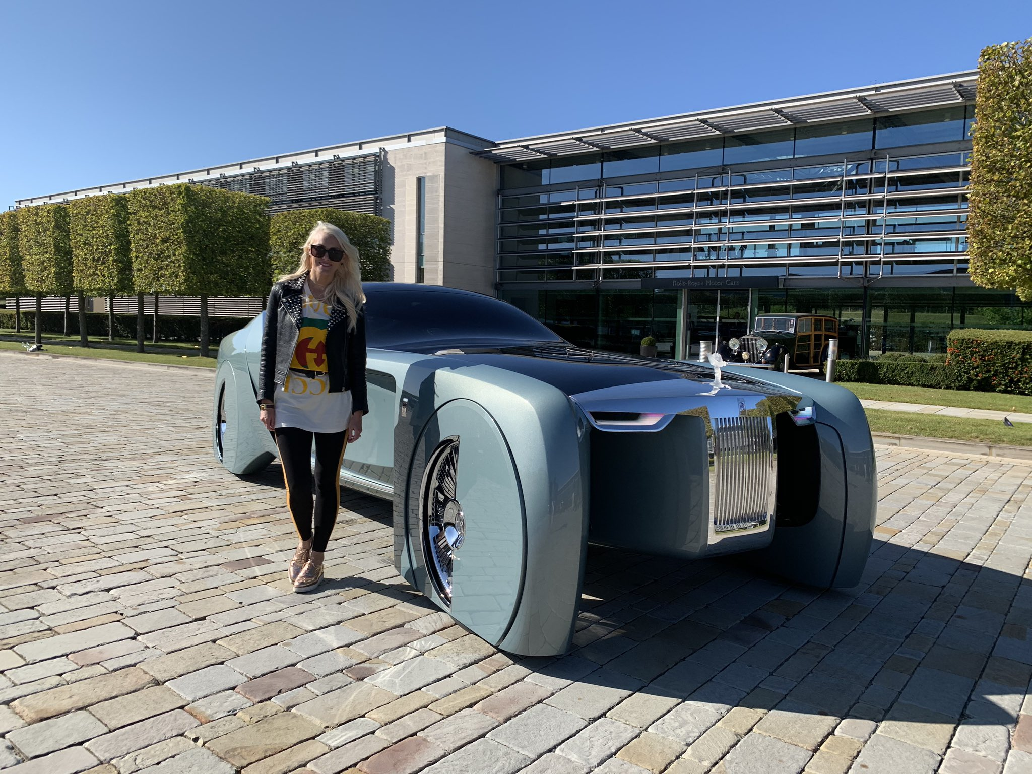 Supercar Blondie On Twitter Rolls Royce Of The Year 2035 New Video Out Https T Co 2gjnvm7oxl